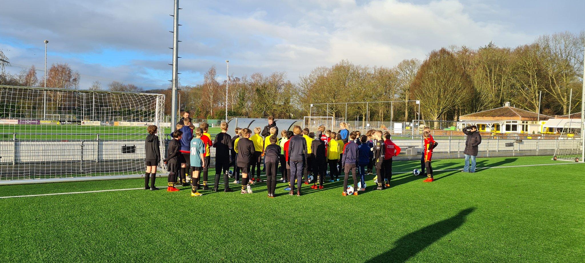Presser Cup 2021 zorgt voor voetbalplezier VV Diepenveen jeugd
